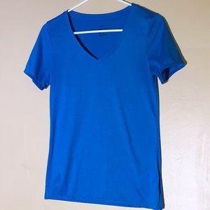 Nike Dri-Fit V Neck Short Sleeve Athletic Cut EUC
